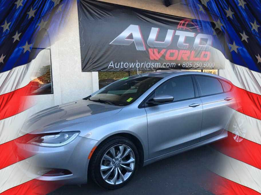 2015 CHRYSLER 200 200S SEDAN 4D Gray No Color ABS 4-Wheel Air Conditioning AMFM Stereo Ant