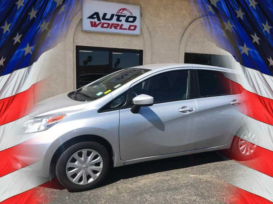 2015 NISSAN VERSA NOTE S HATCHBACK 4D Silver No Color ABS 4-Wheel Air Conditioning AMFM Ste