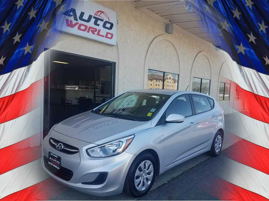 2016 HYUNDAI ACCENT SE HATCHBACK 4D Silver No Color ABS 4-Wheel Air Conditioning AMFM Stereo