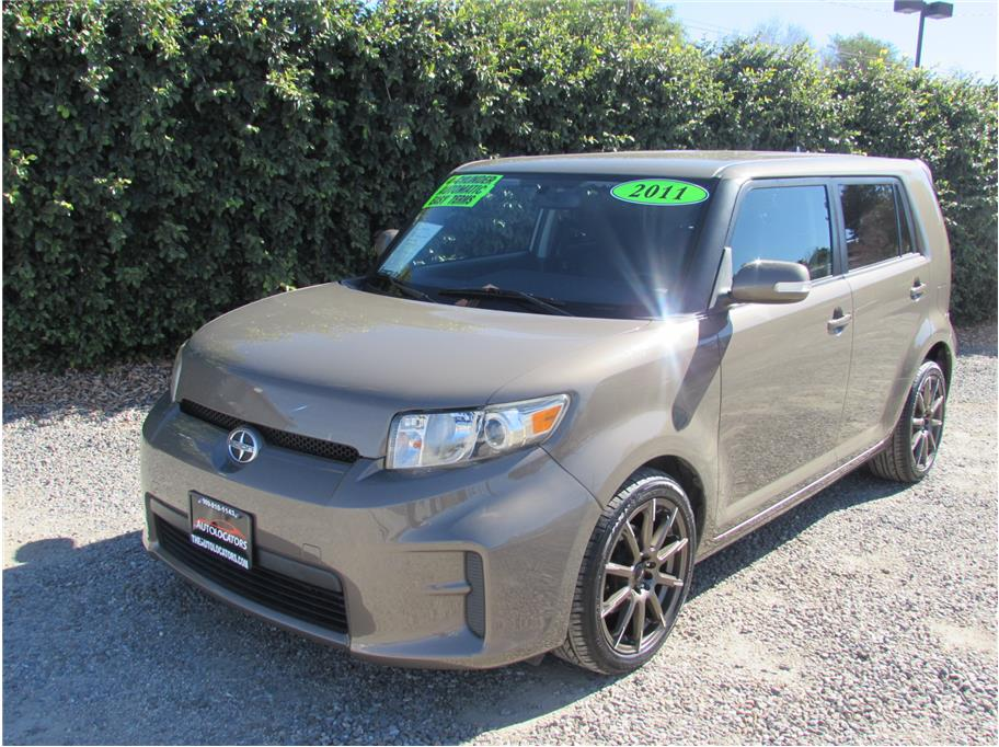 2011 Scion xB Hatchback 4D