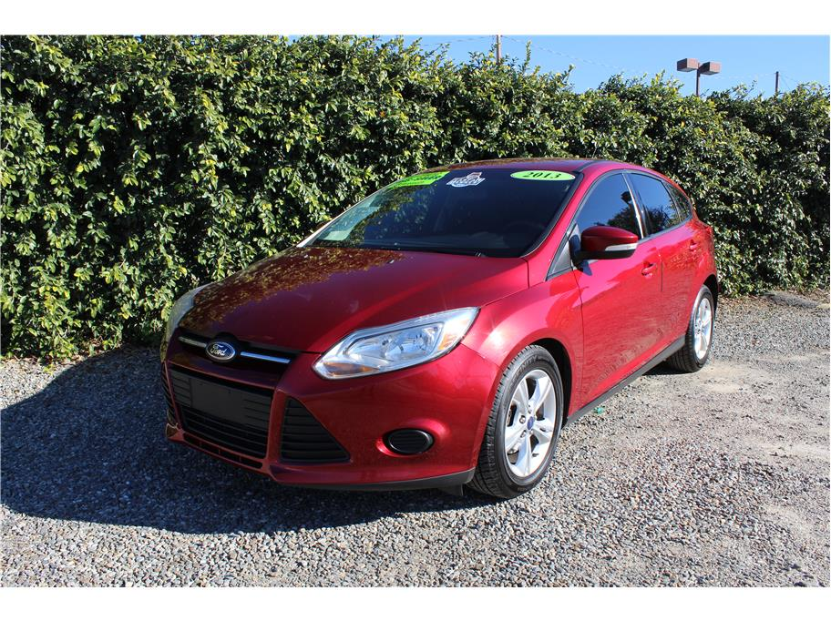 2013 Ford Focus SE Hatchback 4D