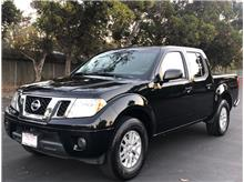 2017 Nissan Frontier Crew Cab SV Pickup 4D 5 ft