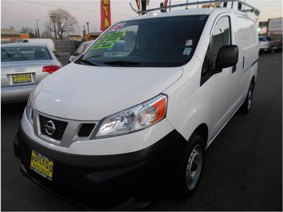 2016 Nissan NV200 S Van 4D