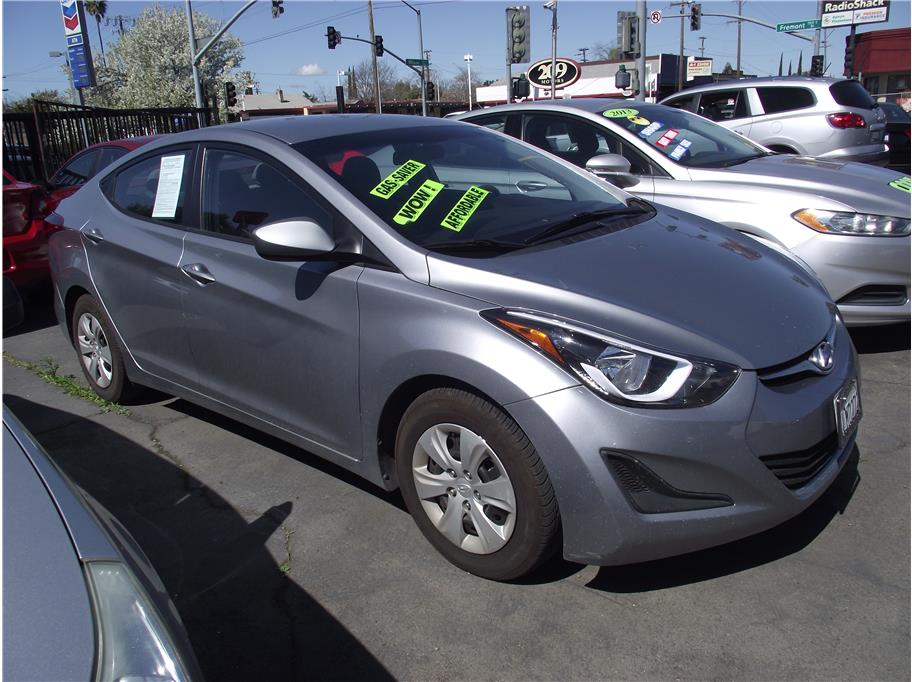 2016 Hyundai Elantra Limited Sedan 4D