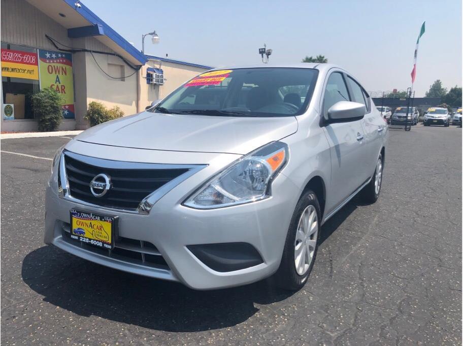 2017 Nissan Versa SV Sedan 4D