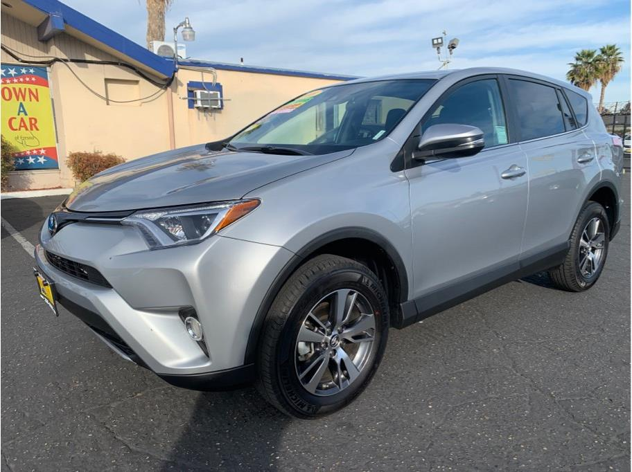 2018 Toyota RAV4 XLE Sport Utility 4D