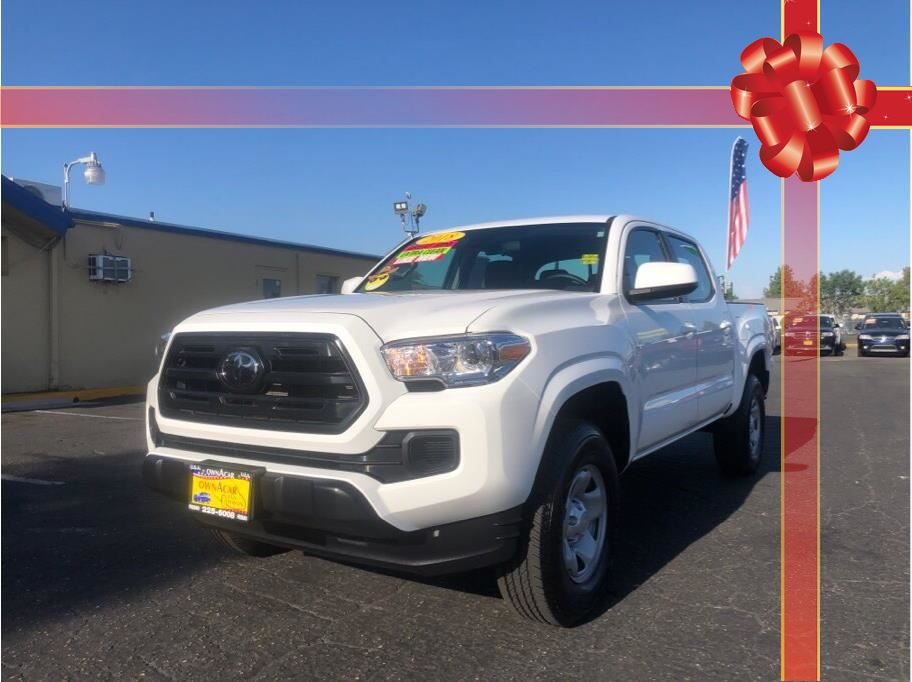 2018 Toyota Tacoma Double Cab SR5 Pickup 4D 5 ft