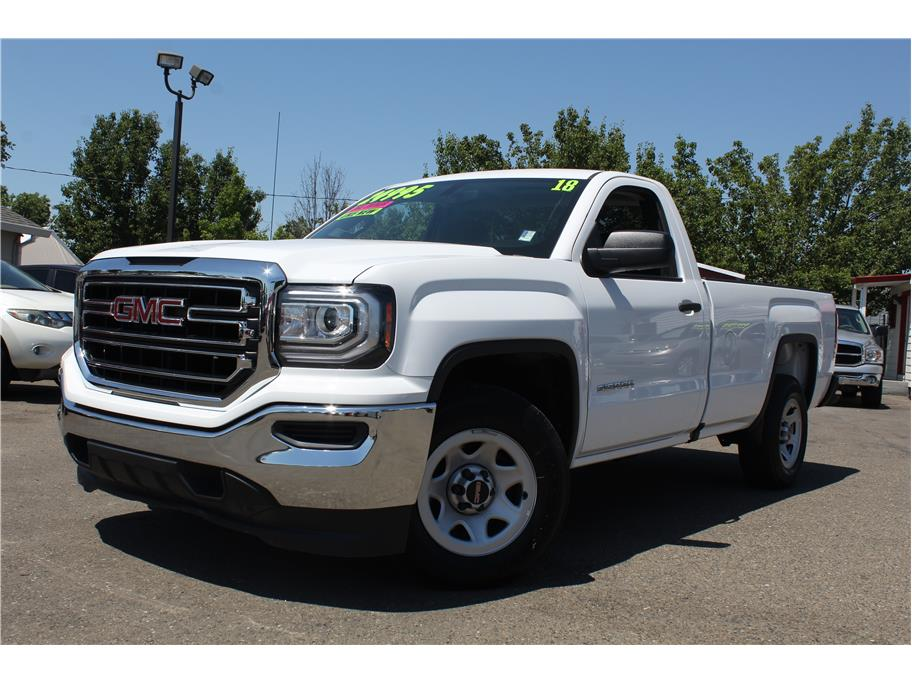 2018 GMC Sierra 1500 Regular Cab Pickup 2D 8 ft
