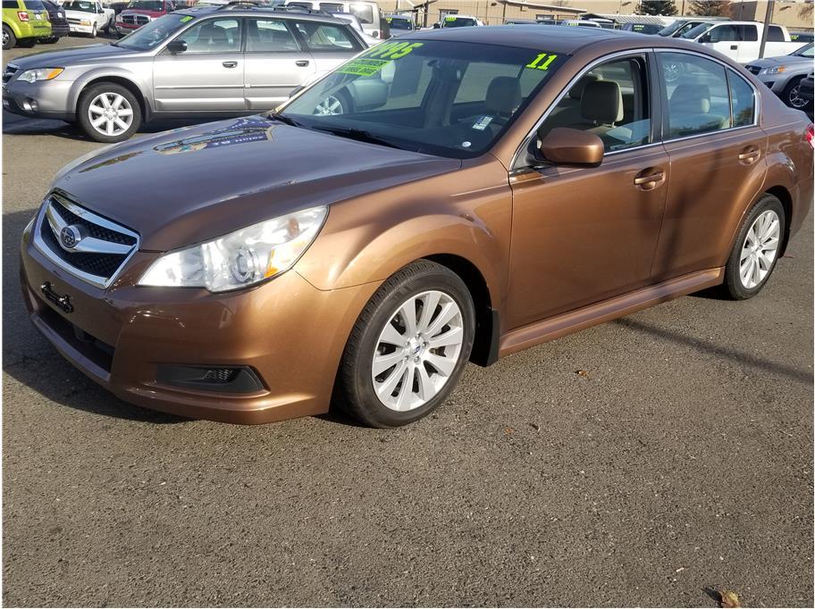 2011 Subaru Legacy 3.6R Limited Sedan 4D