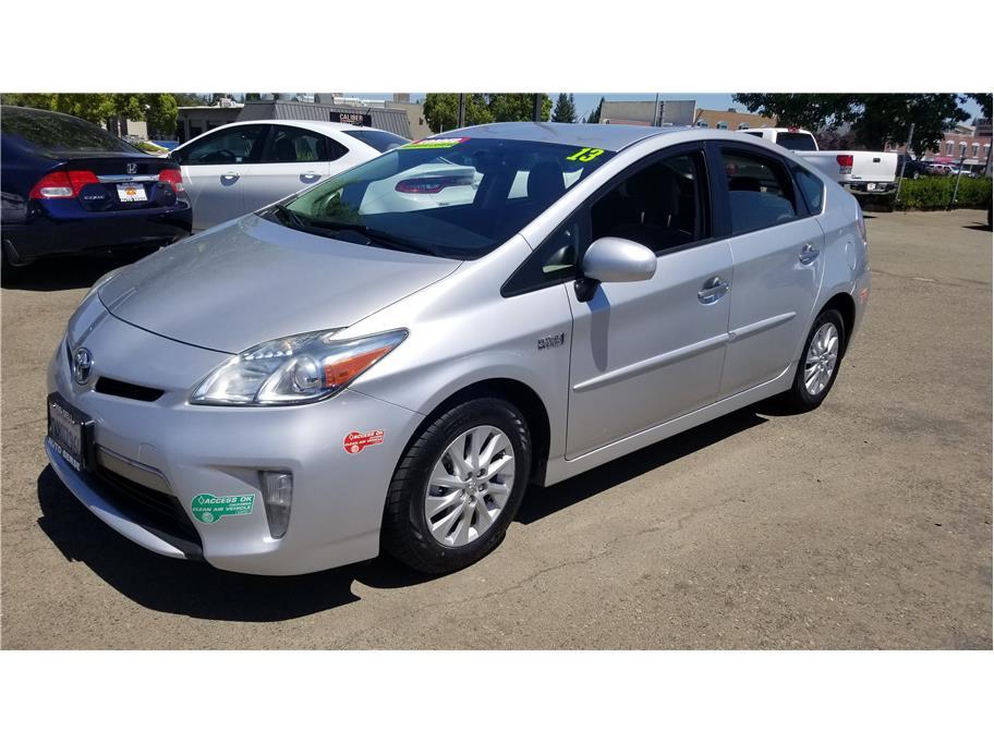 2013 Toyota Prius Plug-in Hybrid Hatchback 4D