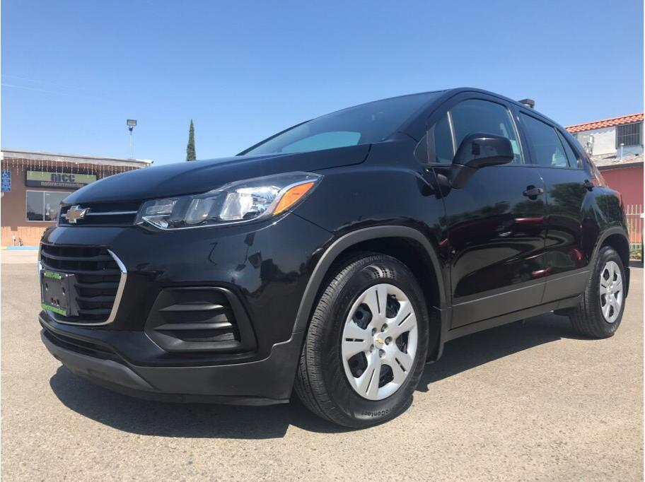 2017 Chevrolet Trax LS Sport Utility 4D