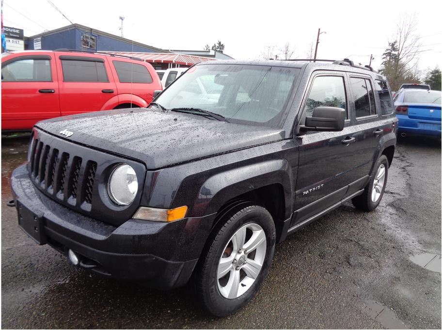 2014 Jeep Patriot Latitude Sport Utility 4D