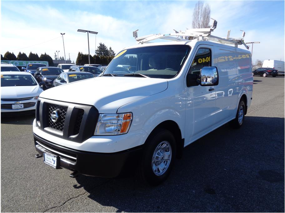 2016 Nissan NV3500 HD Cargo