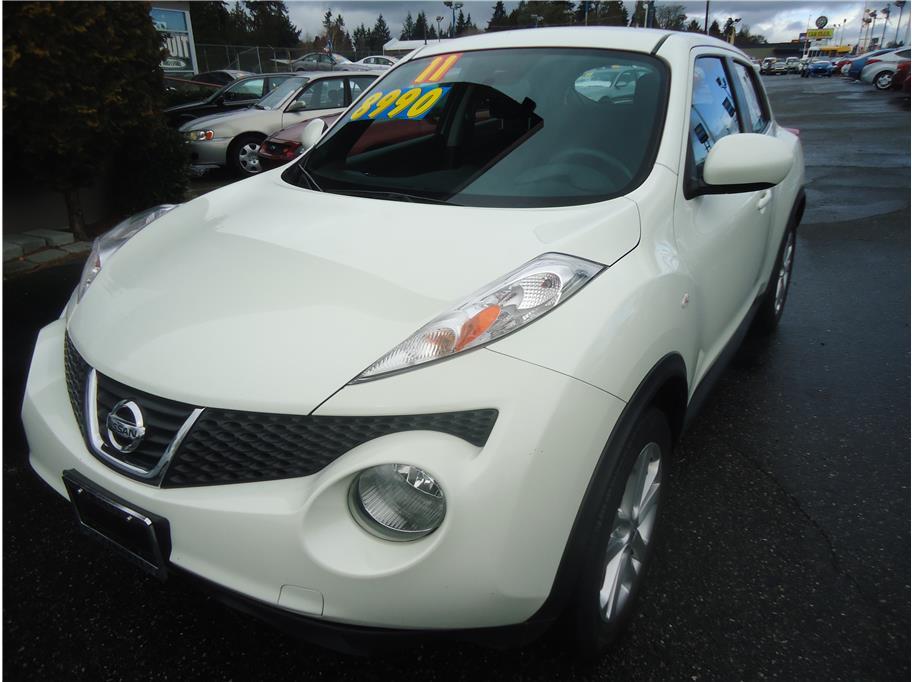 2011 Nissan JUKE S Sport Utility 4D