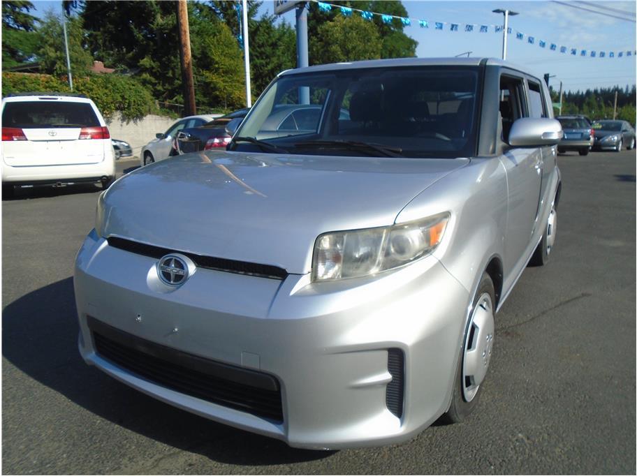 2012 Scion xB Hatchback 4D