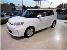 2015 Scion xB Hatchback 4D