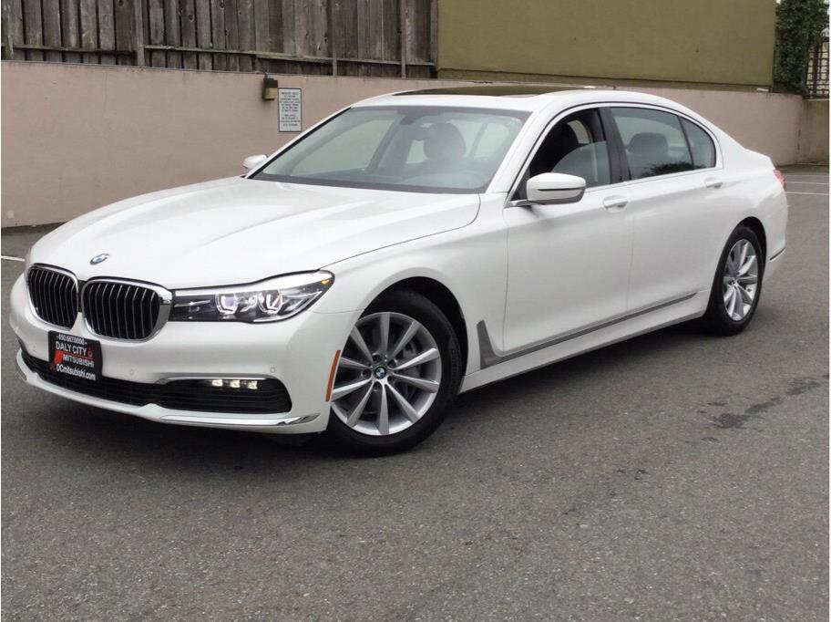 2018 BMW 7 Series from Daly City Mitsubishi