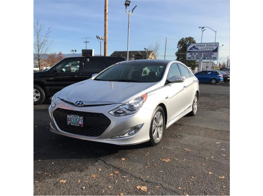2013 Hyundai Sonata from High Road Autos