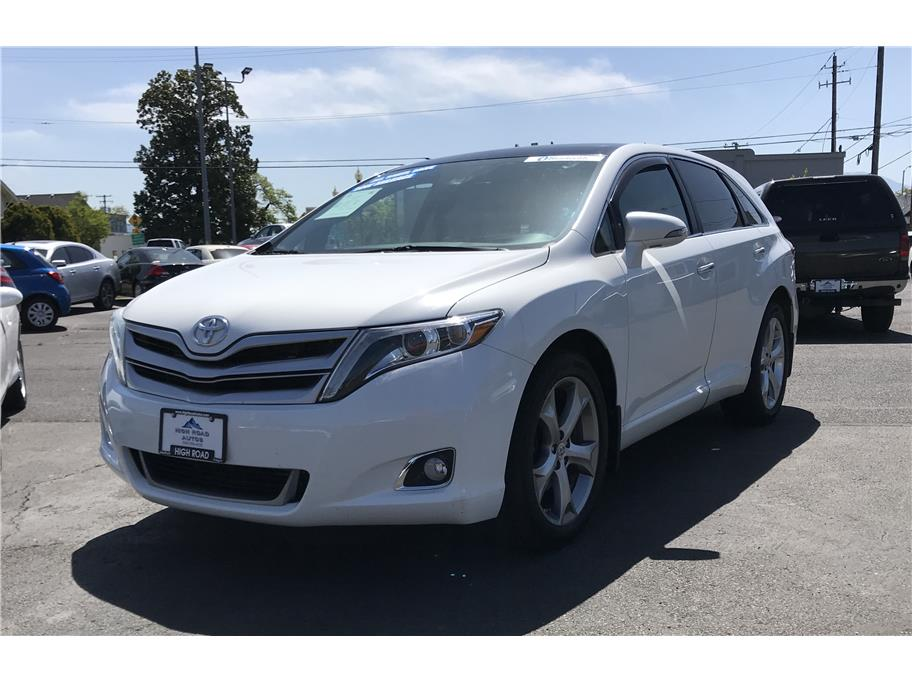 2013 Toyota Venza from High Road Autos