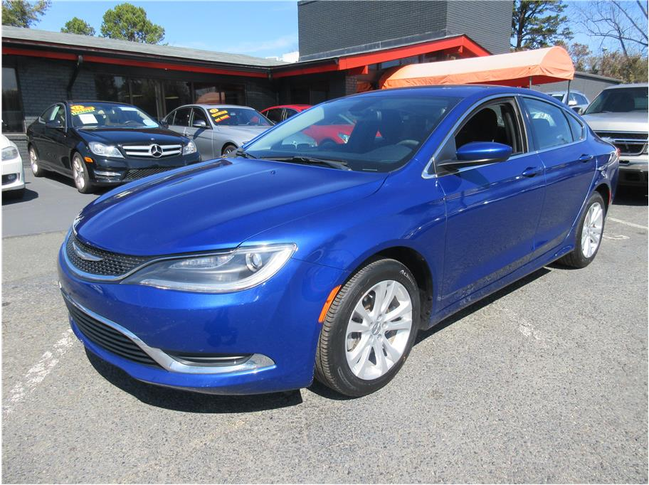 2015 Chrysler 200 from CAR BY U Monroe