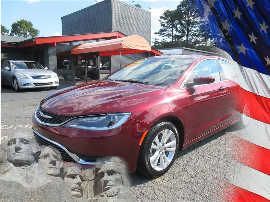 2016 Chrysler 200 from CAR BY U