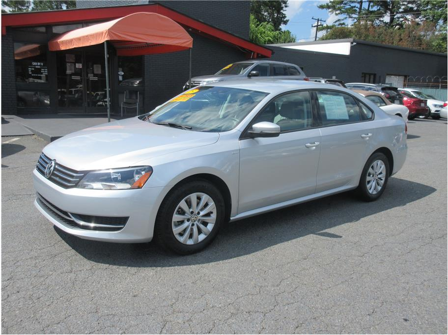 2015 Volkswagen Passat from CAR BY U