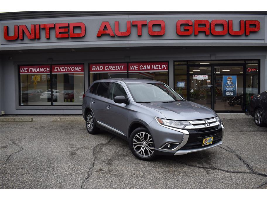 2016 Mitsubishi Outlander from United Auto Group