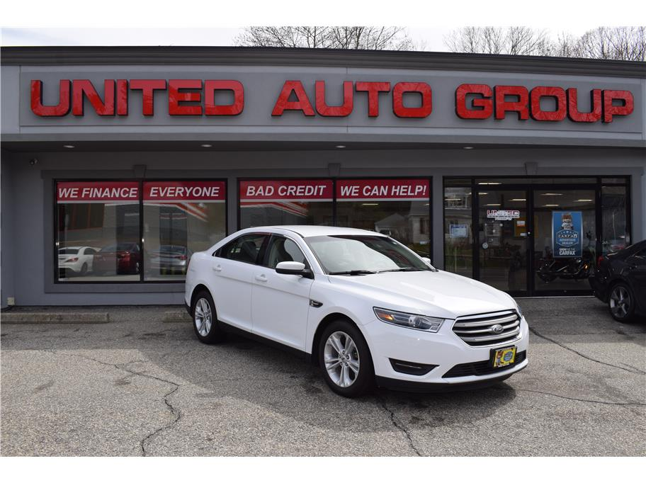 2017 Ford Taurus from United Auto Group