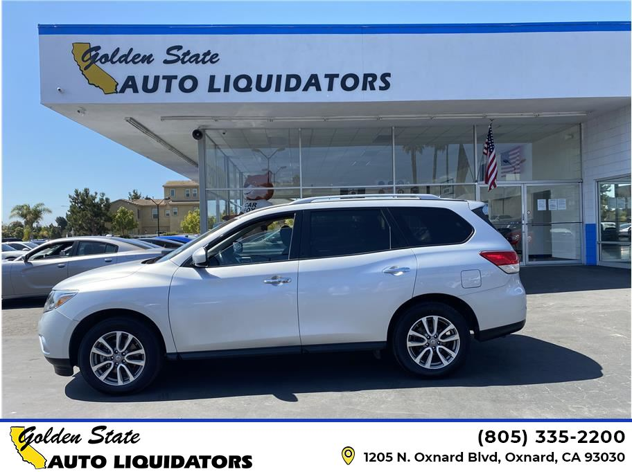 2015 Nissan Pathfinder from Golden State Auto Liquidators