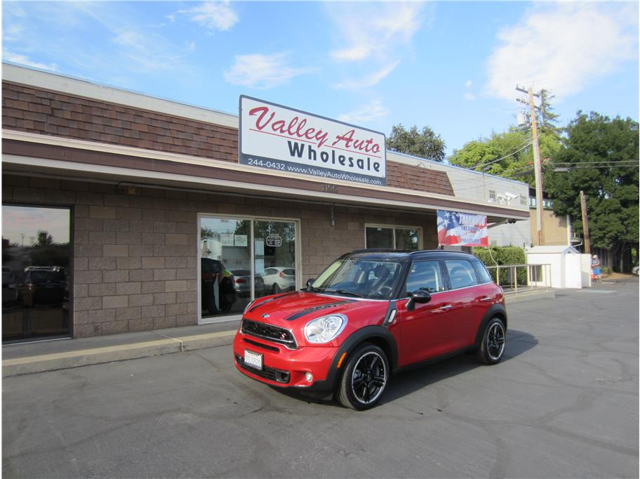 2016 MINI Countryman from Valley Auto Wholesale Inc.