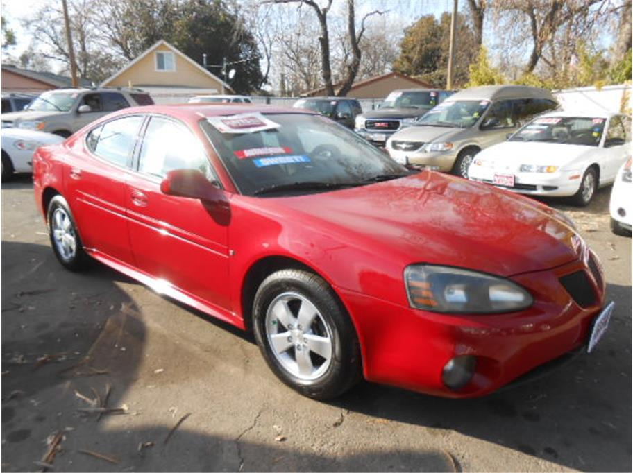 2008 Pontiac Grand Prix from Hayes Auto Sales