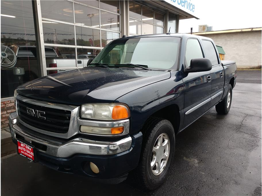 2005 GMC Sierra 1500 Crew Cab from My Own Auto Sales