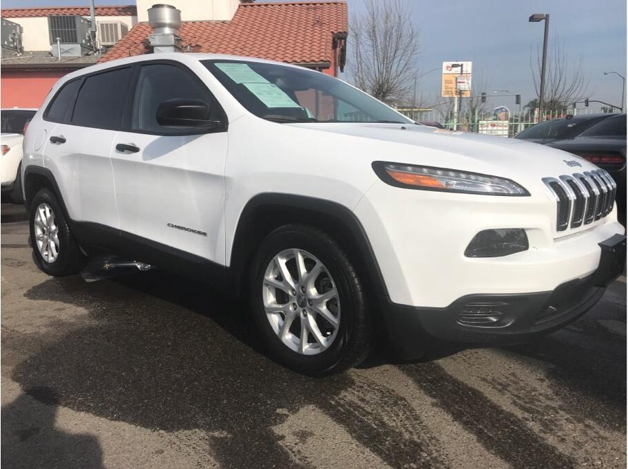2017 Jeep Cherokee from Madera Car Connection