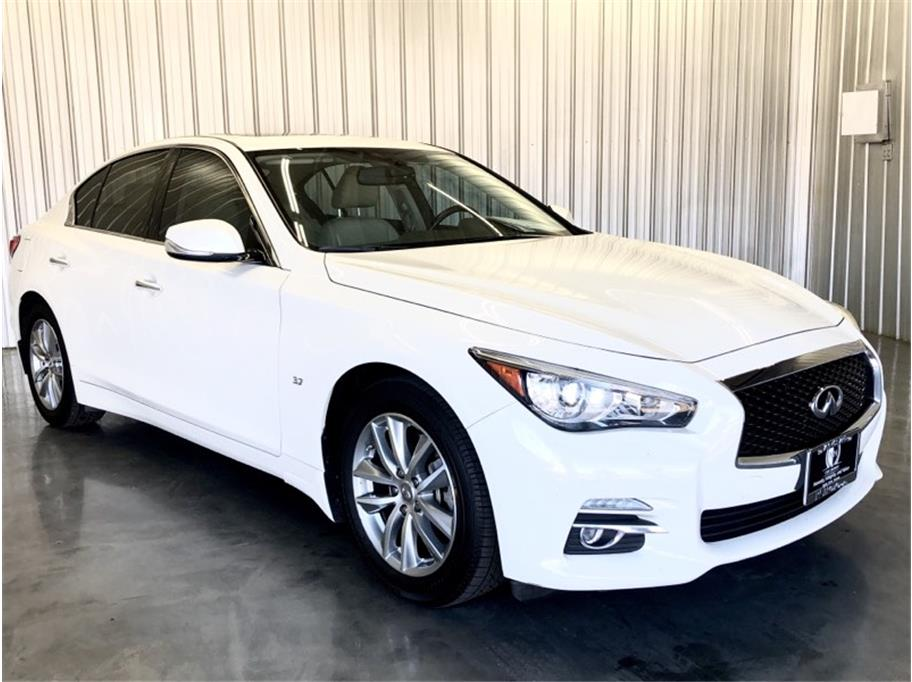 2015 Infiniti Q50 from PCH Auto Group