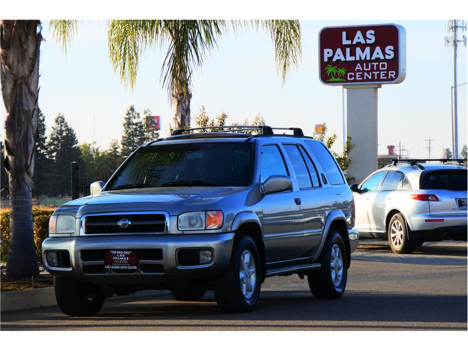 2001 Nissan Pathfinder LE Sport Utility 4D