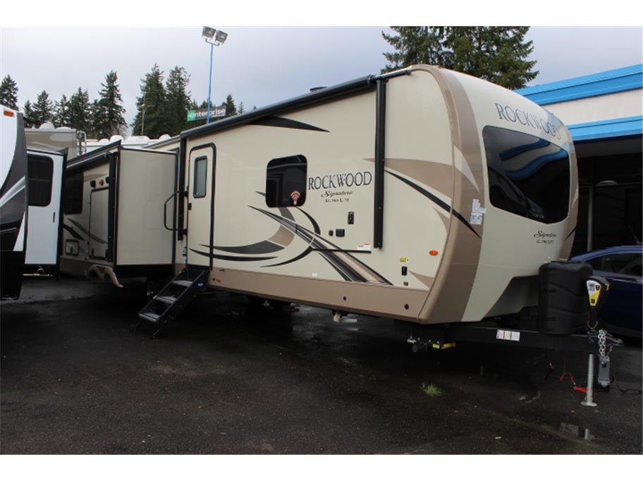 2018 Forest River Rockwood Signature 8332BS from Kitsap RV