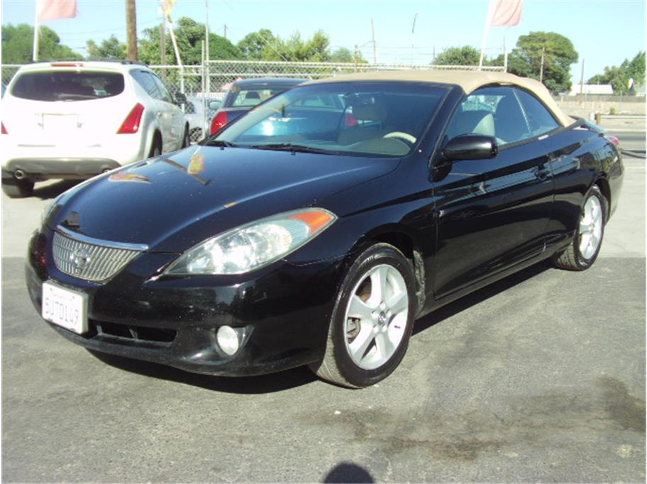 2004 Toyota Camry Solara SLE Convertible 2D