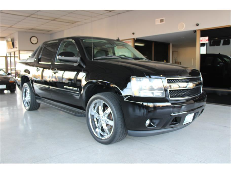 2008 Chevrolet Avalanche LT Sport Utility Pickup 4D 5 1/4 ft