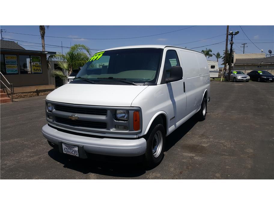 2000 Chevrolet Express Cargo Van G1500