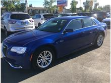 2019 Chrysler 300 300 Touring Sedan 4D