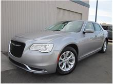 2016 Chrysler 300 300 Limited Sedan 4D