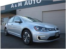 2016 Volkswagen e-Golf SE Hatchback Sedan 4D