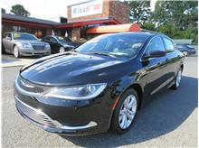 2017 Chrysler 200 Limited Platinum Sedan 4D