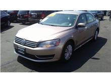 2015 Volkswagen Passat 1.8T Limited Edition Sedan 4D