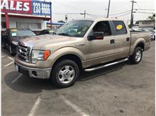 2011 Ford F150 SuperCrew Cab XLT Pickup 4D 5 1/2 ft