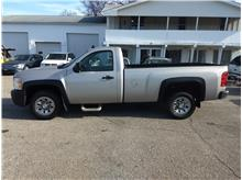 2007 Chevrolet Silverado (Classic) 1500 Regular Cab Work Truck Pickup 2D 6 1/2 ft