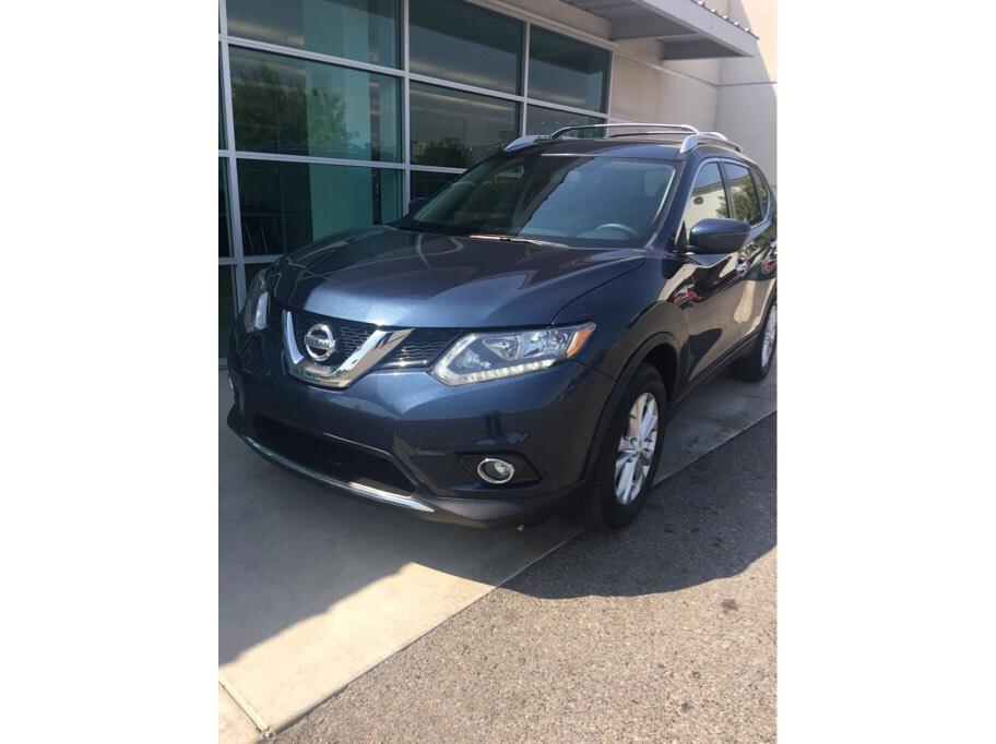 2016 Nissan Rogue from Auto College