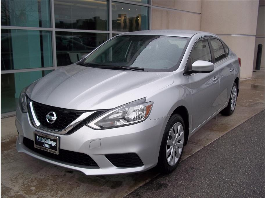 2016 Nissan Sentra from Auto College