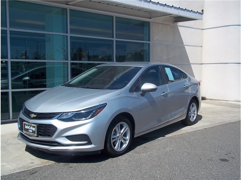 2017 Chevrolet Cruze from Auto College