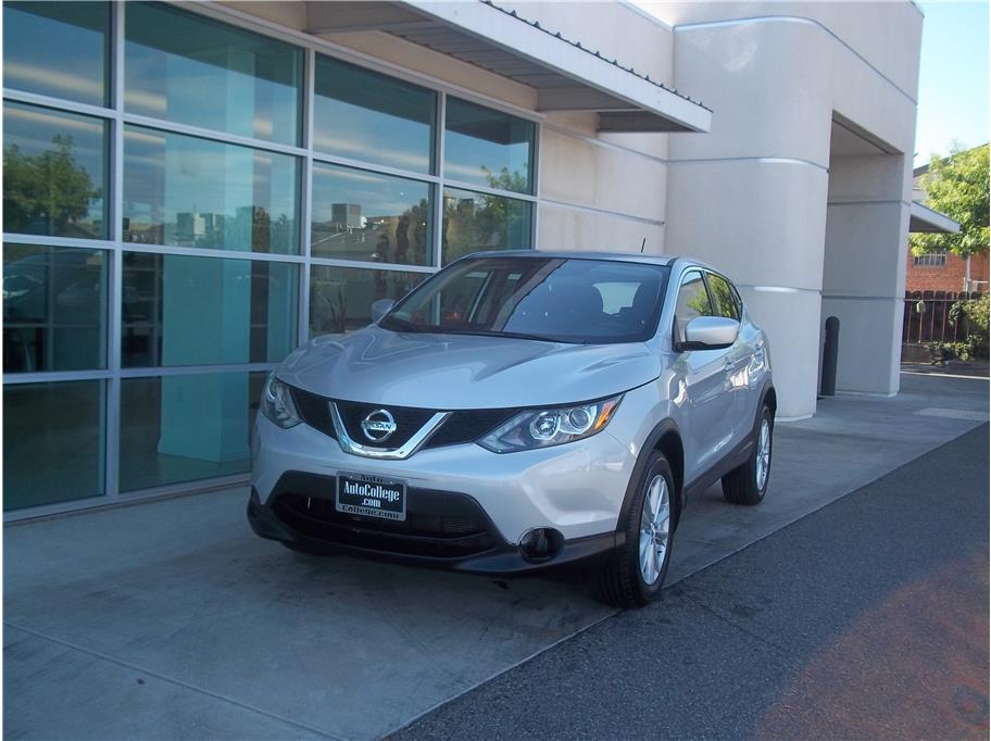 2017 Nissan Rogue Sport from Auto College